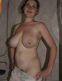 Hot Big TITTED xxx hamster amateur mom