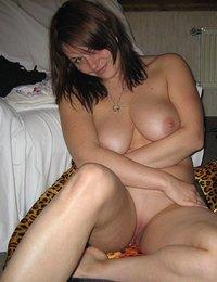 Busty xxx amateur orgasmos