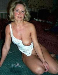Busty Mommies pics xxx amateur espanoles